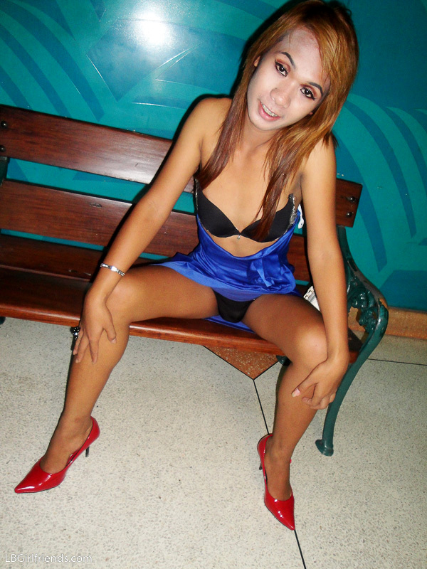 Darling Ts Girlfriend Nano Ready For Her Date Tonight