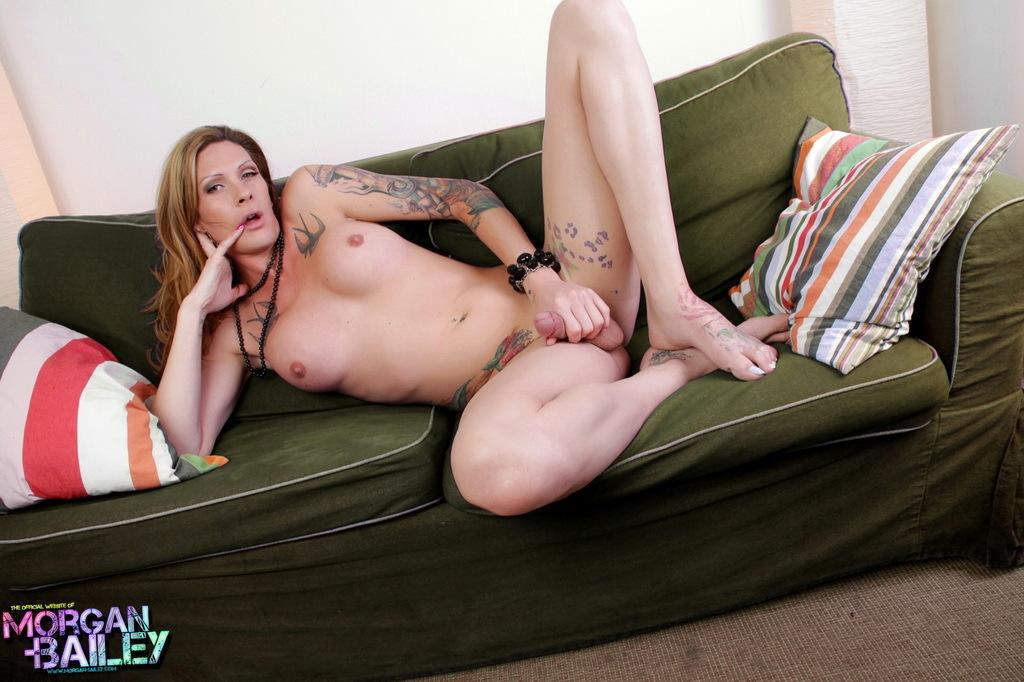 Kissable Morgan Poses Her Juicy Long Tool