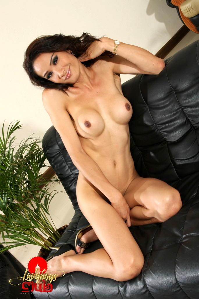 Kissable Tina Shows Us Her Big Penis