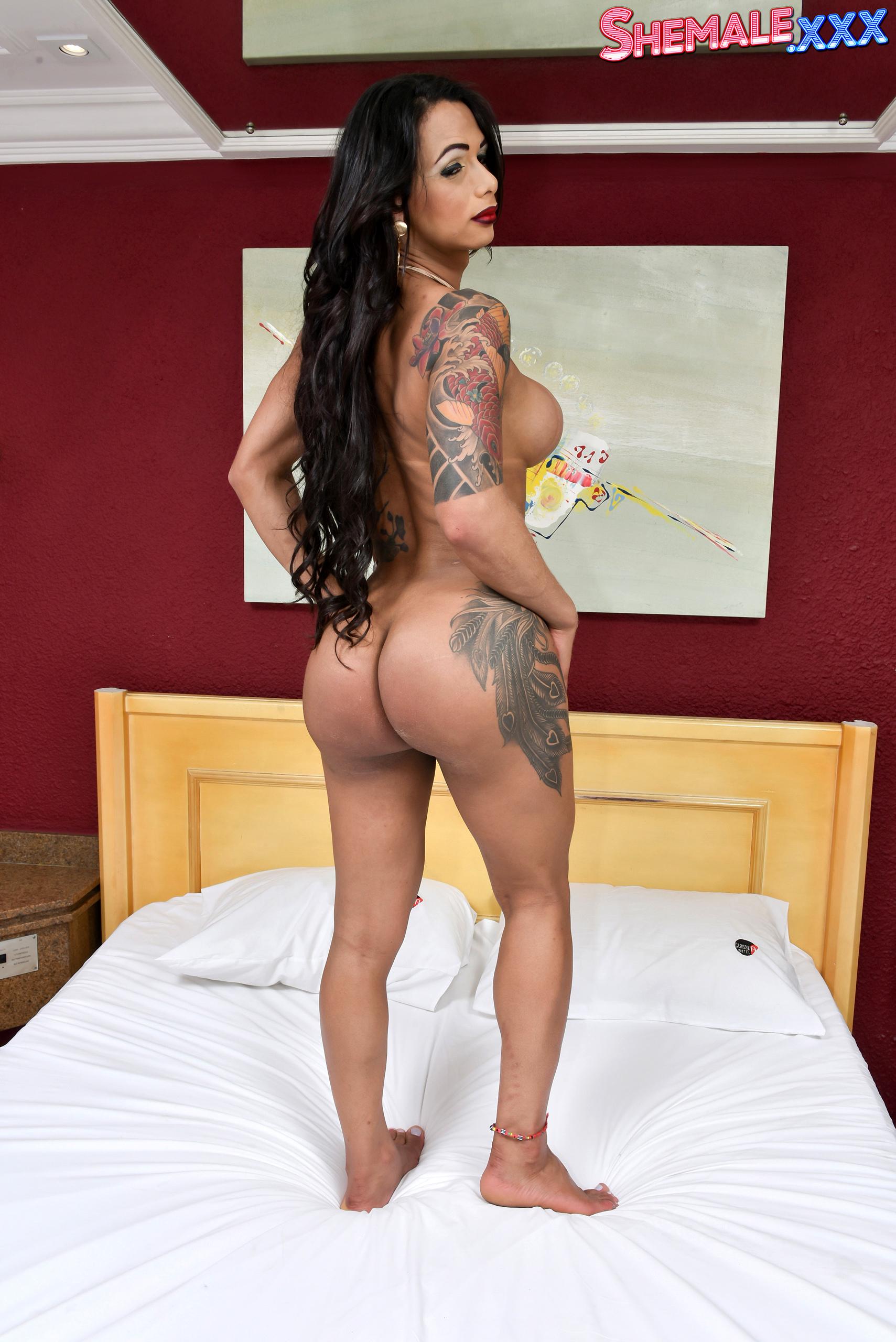 Latina Voluptuous Babe Rosy Pinheiro!