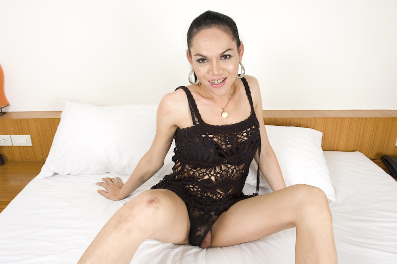 Mature Kathoey One Jerks Her Transexual Meat And Jizzes