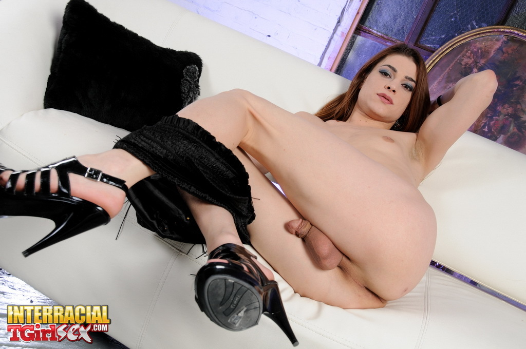 Nasty T-Girl Kimberly Sitting On A Massive Vibrator