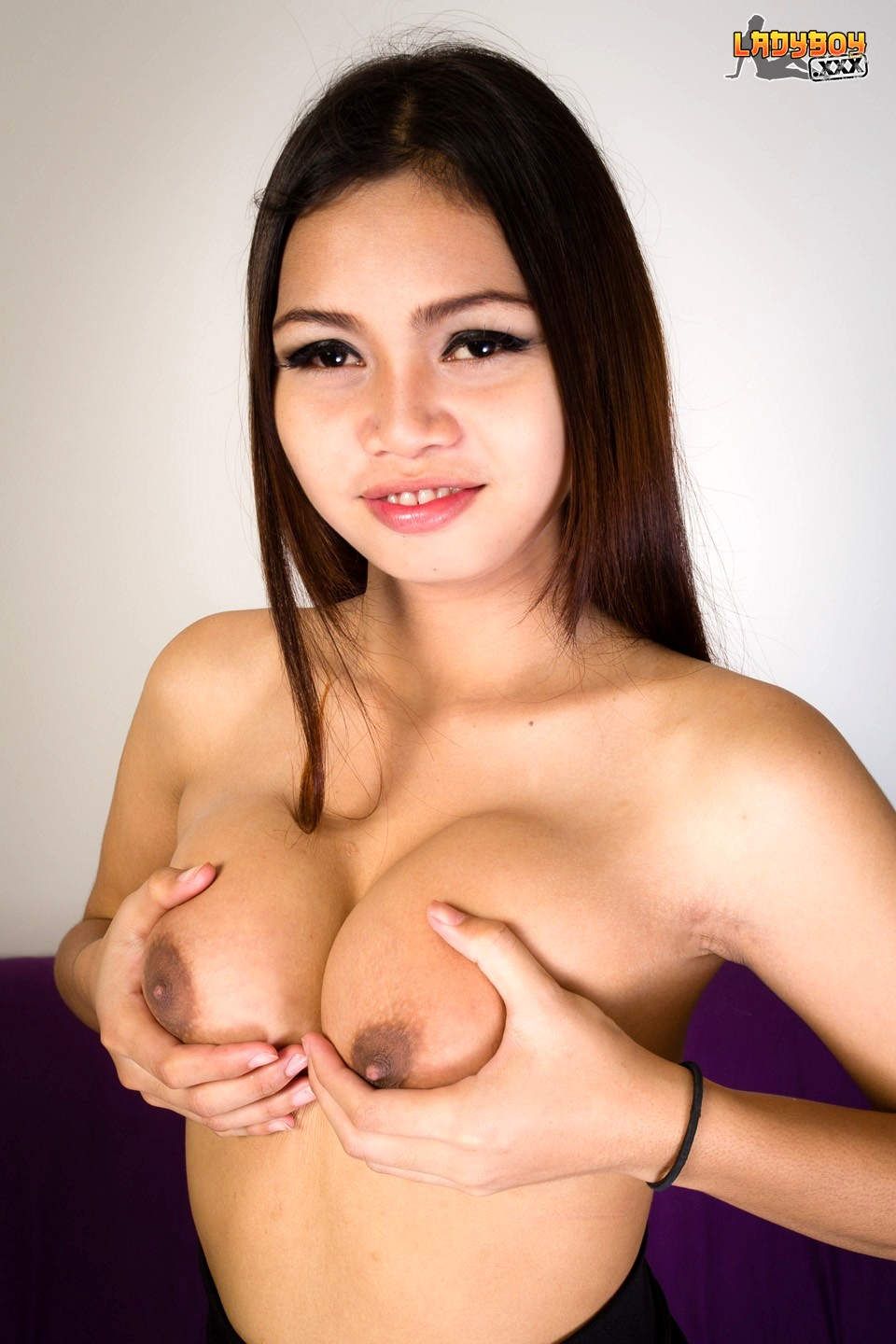 Nenn Is An 18 Year Old TGirl From Issan. Shes About To Tur