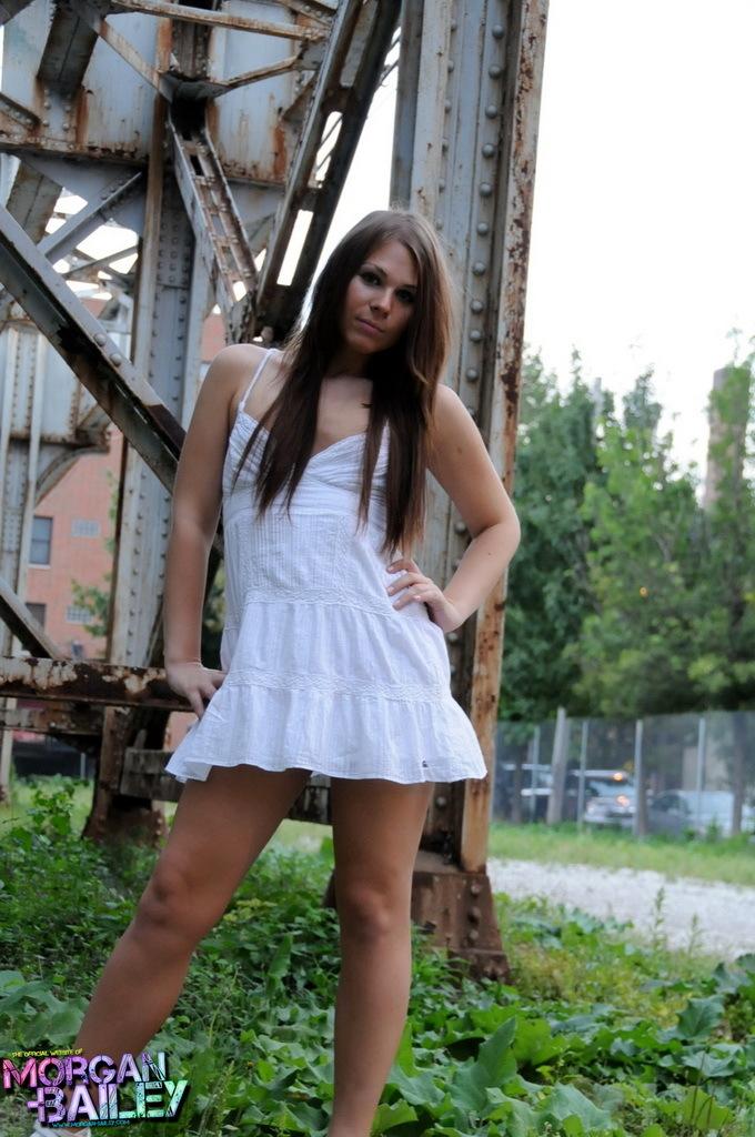 Splendid Tranny Ashley Stripping Outdoors