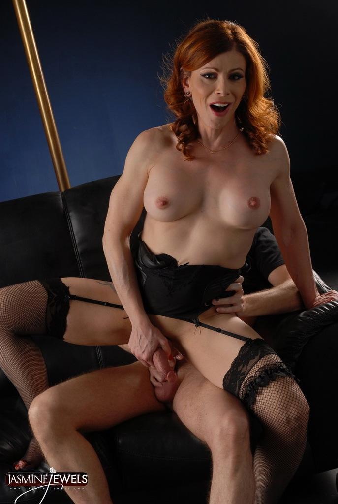 Steamy TMILF Jasmine Rides A Thick Dick