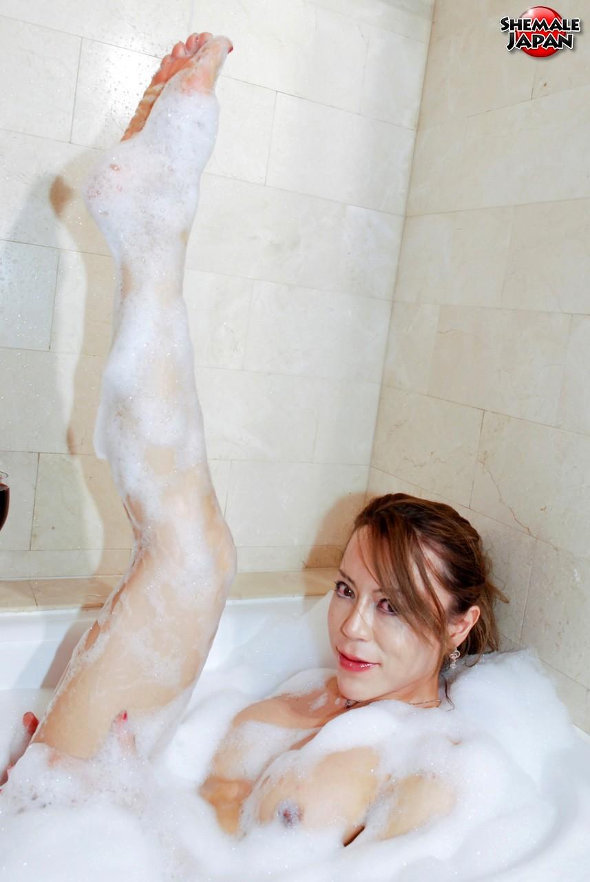 The Secret Of My Beauty Is Drinking Guy Milk, Revealed Saku