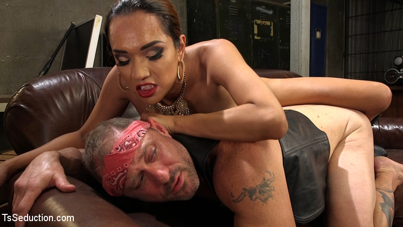 TS Boss Prostitute