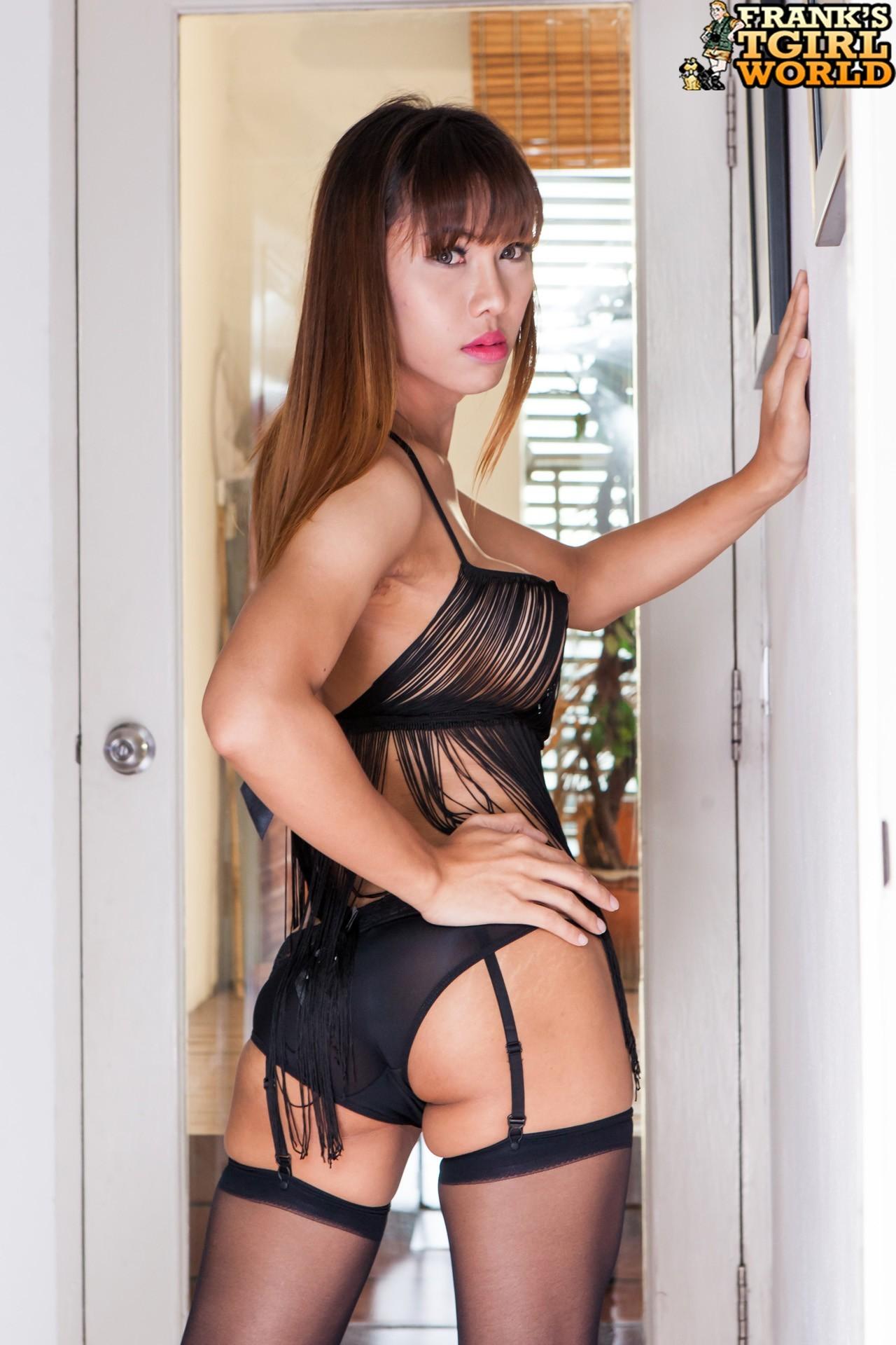 Ts Rita Is A Nice Bangkok Transgirl With A Steamy Smooth