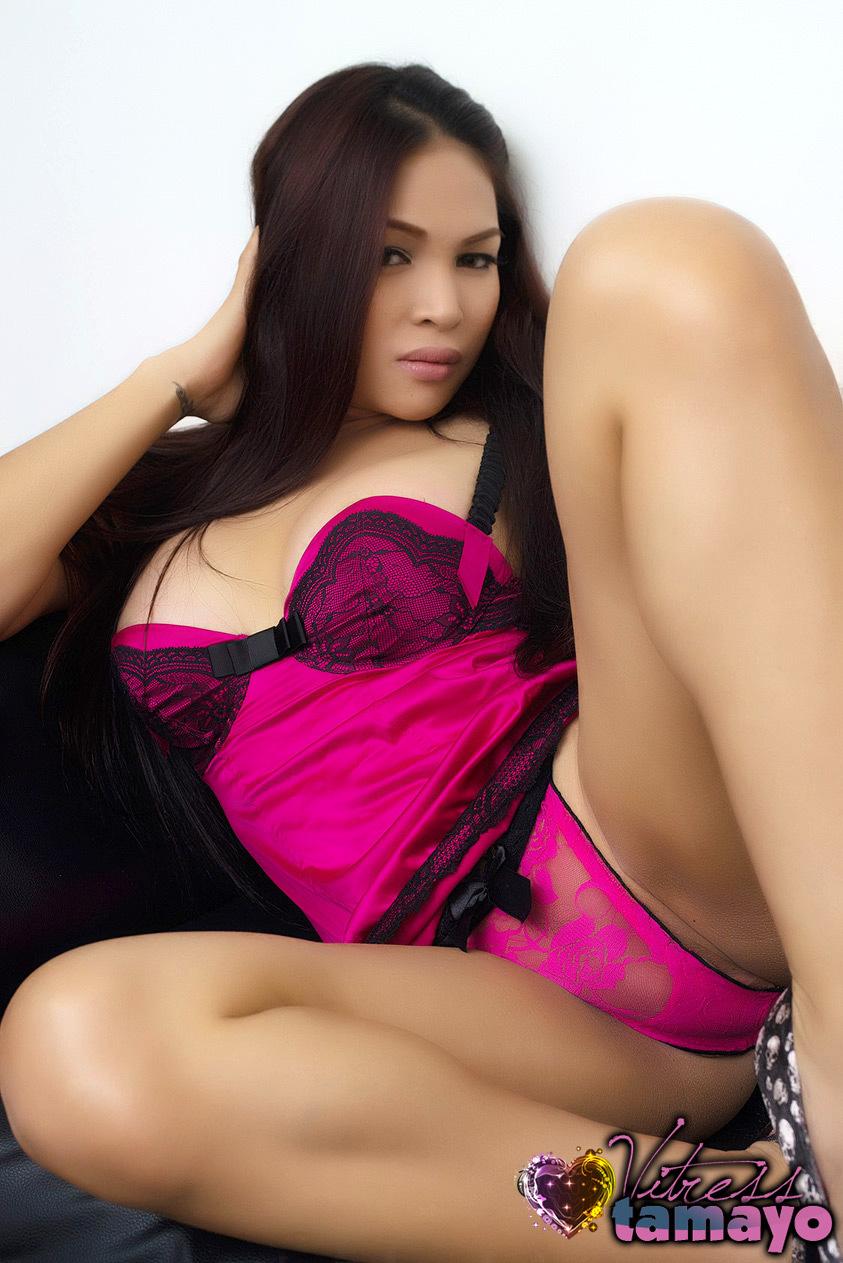 TS Vitress Tamayo In Pink Panties