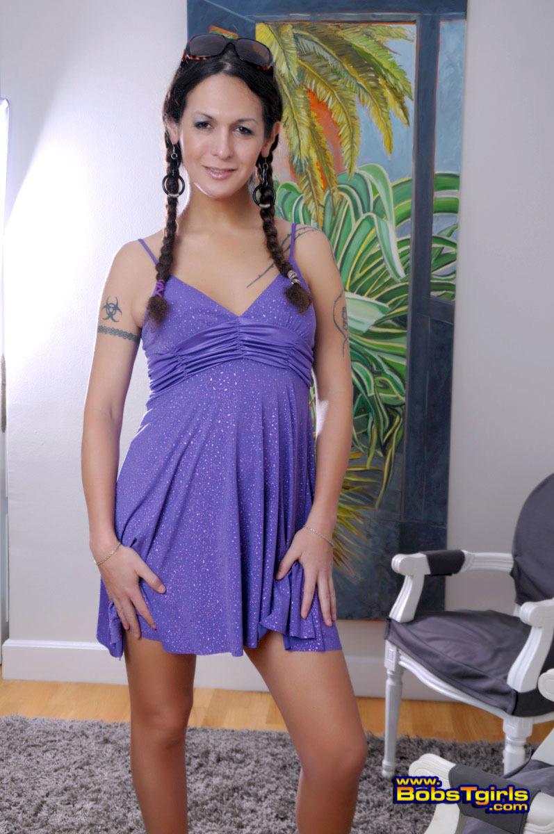 Unbelievable Nicole Montero Posing Her Tempting Body