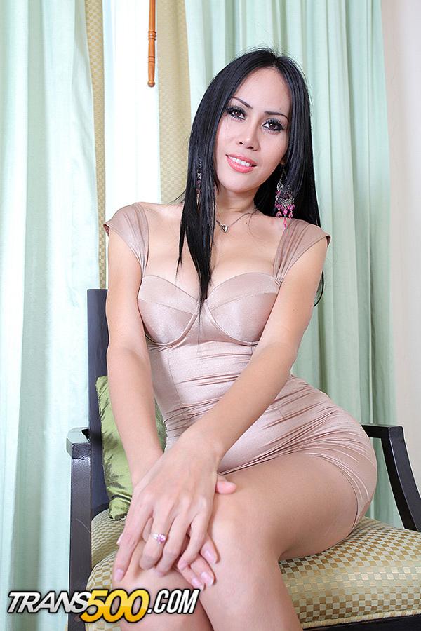 Watch Flirtatious Thai Transsexual Oday Get Fucked!