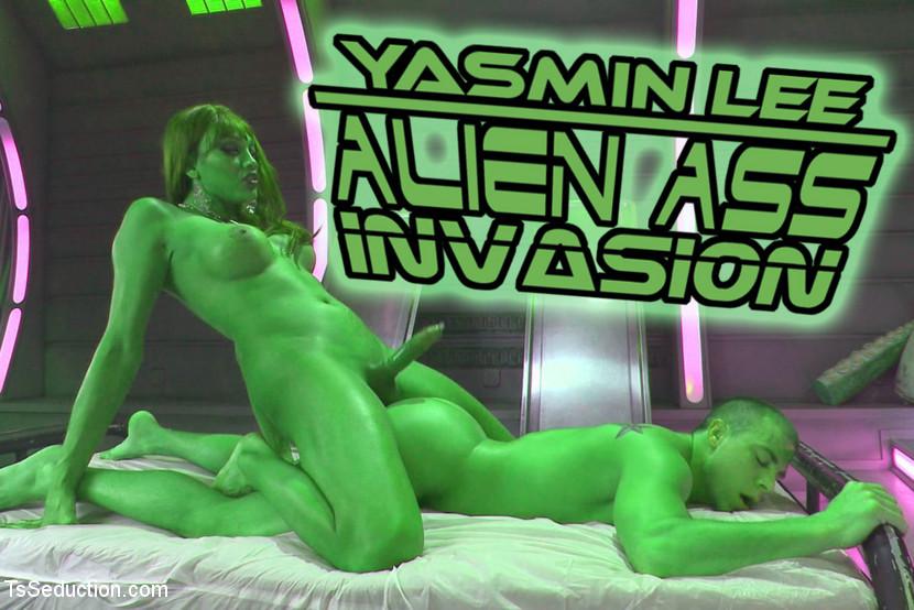 Close Encounters Of A Kinky Kind Yasmin Lee Alien Asshole Invasion!